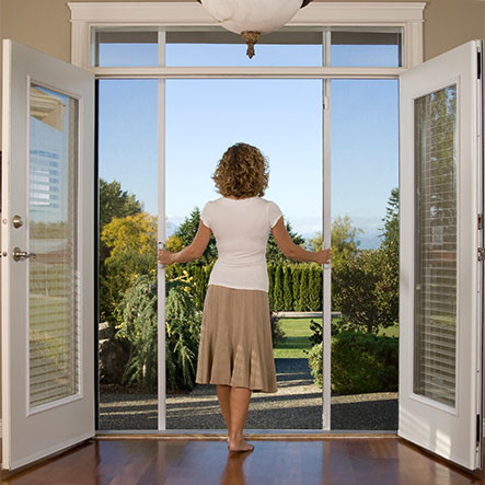 Attrayant Mirage Retractable Doors Keep Pests Outside U2026 And Bring Fresh Air Inside